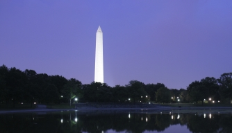 hith-after-33-months-washington-monument-reopens-to-the-public-iStock_000003809250Large-A.jpeg