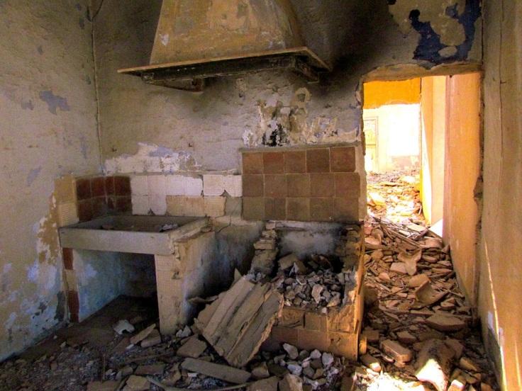 Bombed town belchite.JPG